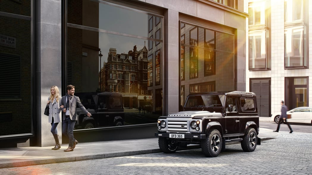 Overfinch Land Rover Defender 40th Anniversary Edition front 3/4 street