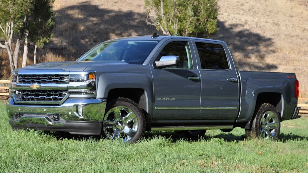 chevy silverado front three quarters