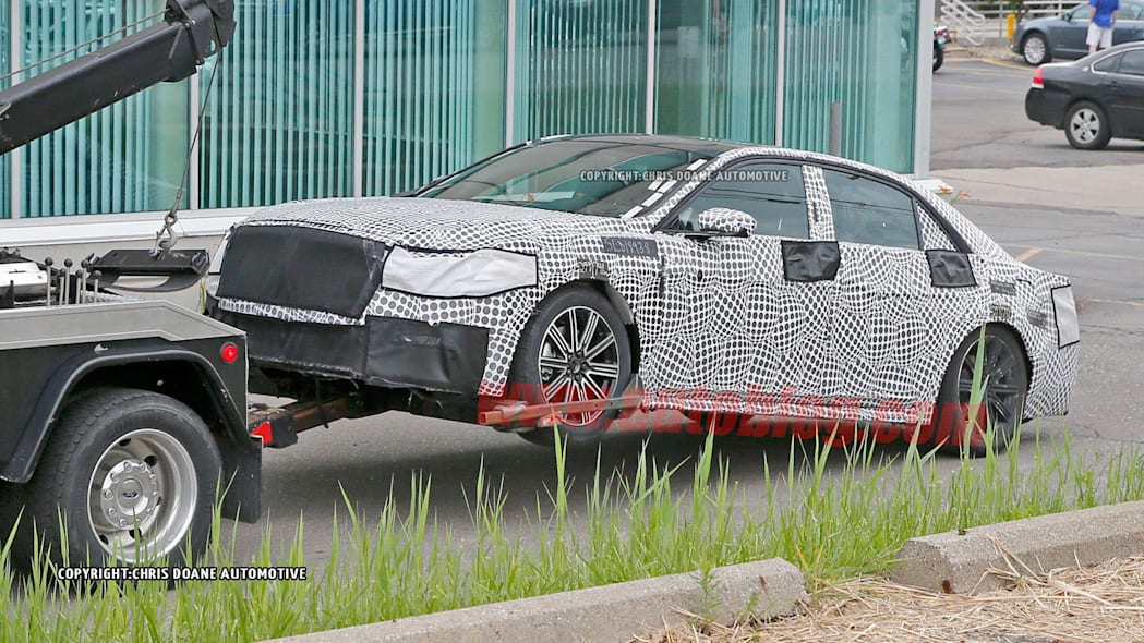 spy photo lincoln continental broken camouflage