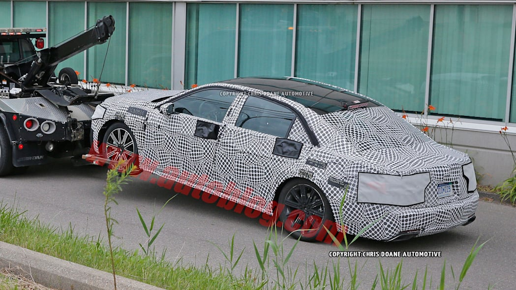 spy shots lincoln continental camouflage