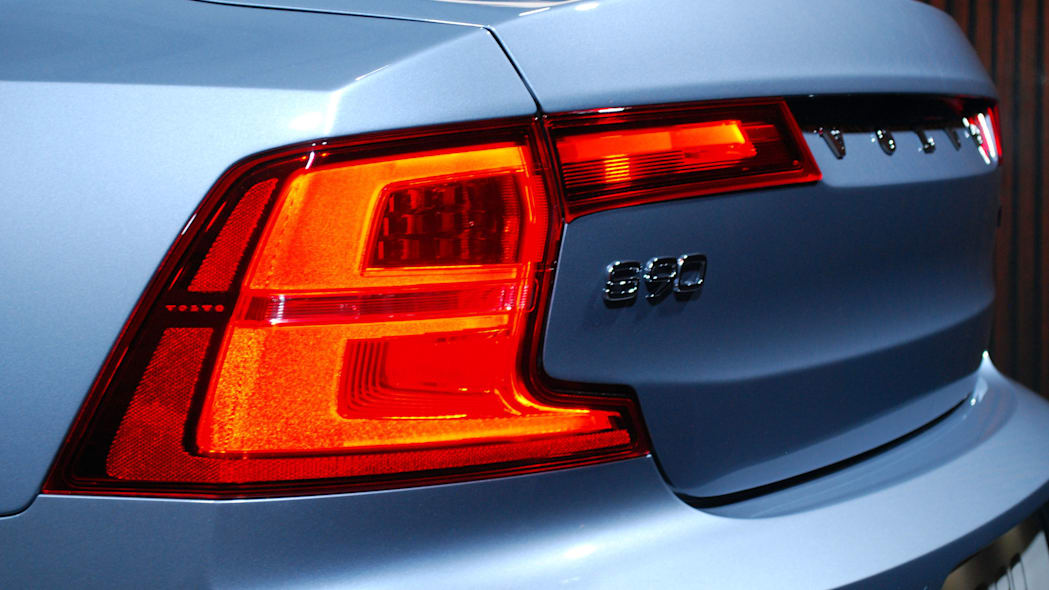 2017 Volvo S90 tail