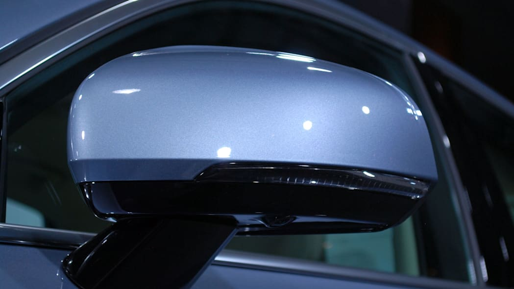 2017 Volvo S90 live reveal side mirror