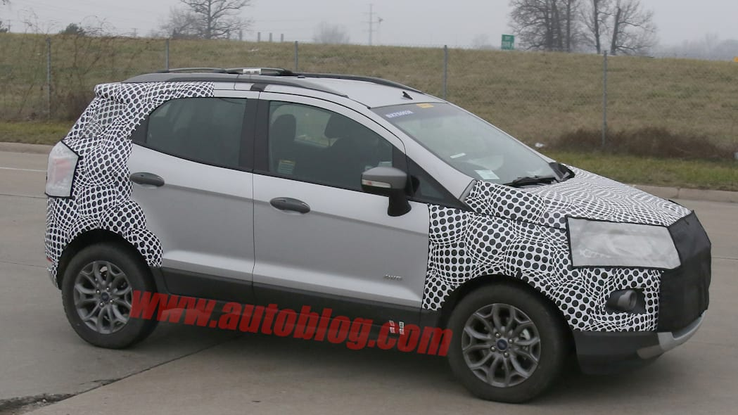 ford ecosport cuv spy photo spied