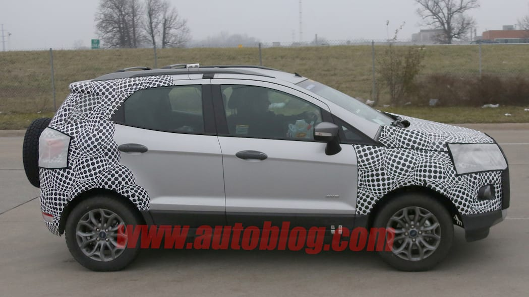 spied ecosport ford testing camouflage