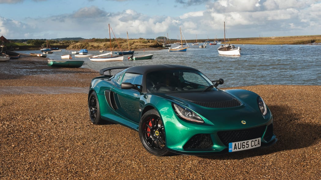 Lotus Exige Sport 350 green front 3/4 static
