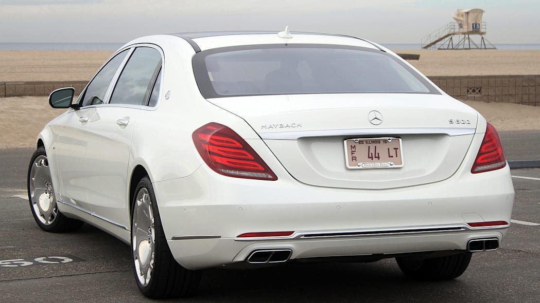 2016 Mercedes-Maybach S600 rear 3/4 view