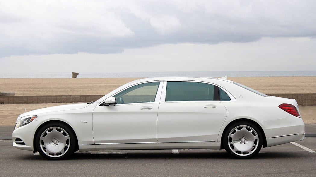 2016 Mercedes-Maybach S600 side view