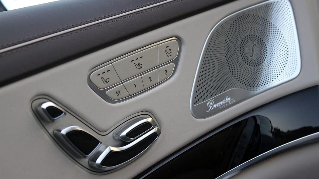 2016 Mercedes-Maybach S600 seat controls