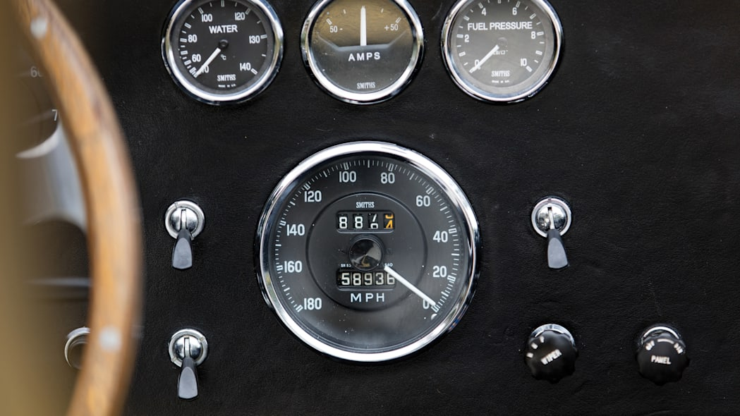 1965 Shelby 427 Competition Cobra instruments