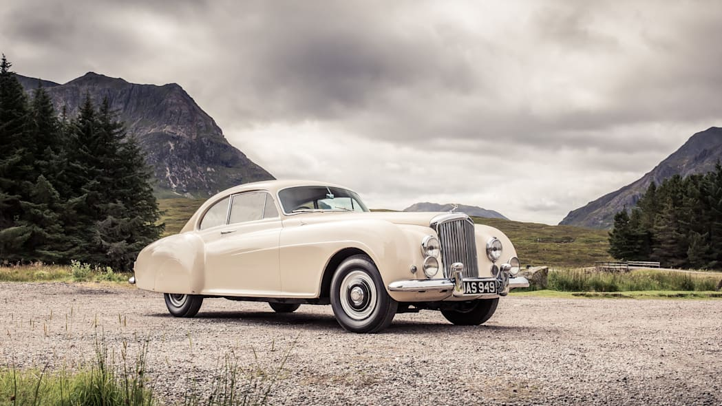 1952 Bentley Continental R-Type front 3/4 static