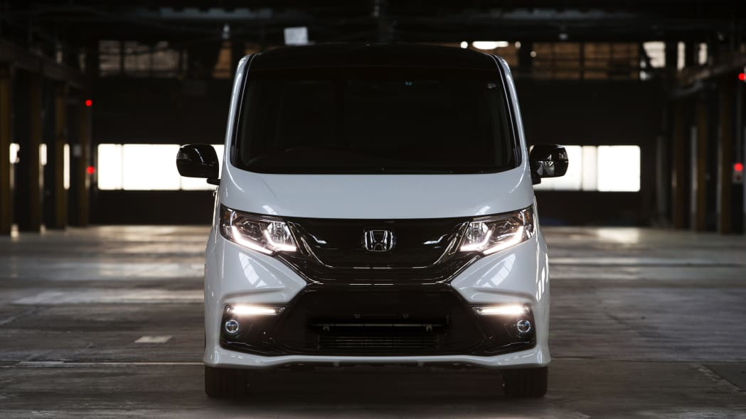 Step WGN Modulo Concept front
