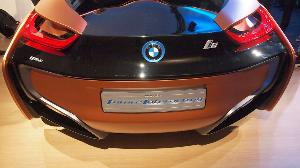 BMW i8 Mirrorless Concept: CES 2016