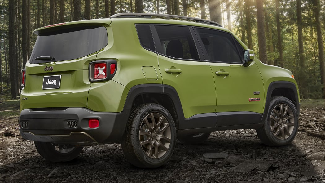 2016 Jeep Renegade 75th Anniversary Edition rear 3/4