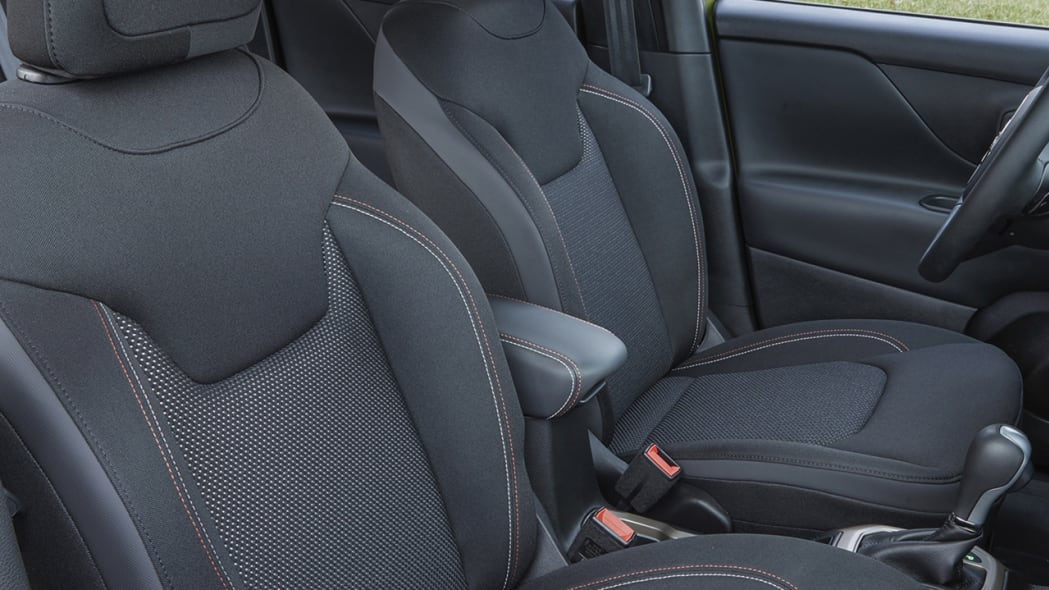 2016 Jeep Renegade 75th Anniversary Edition seats
