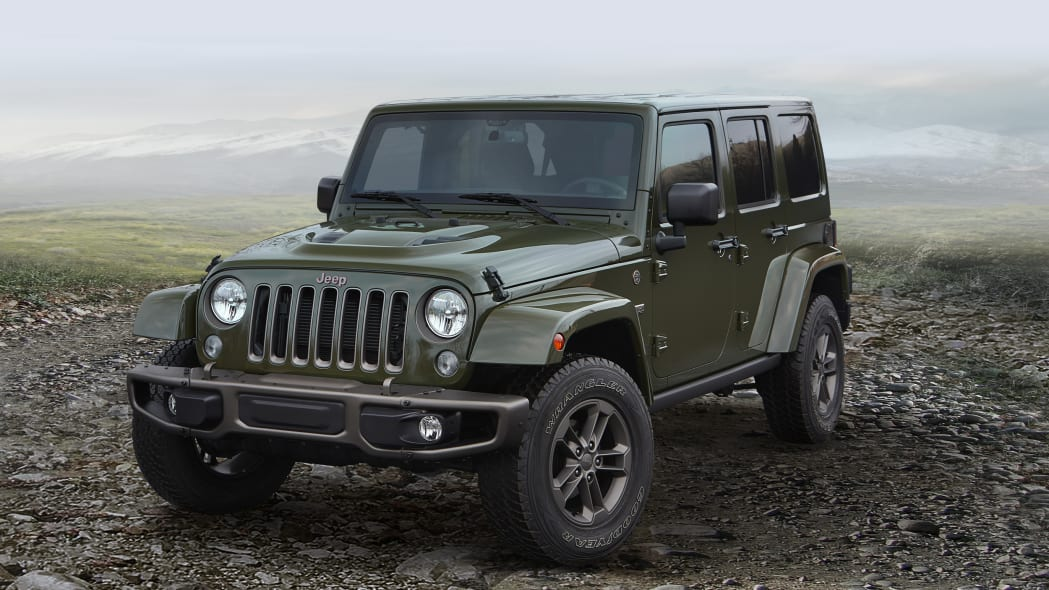 2016 Jeep Wrangler Unlimited 75th Anniversary Edition front 3/4