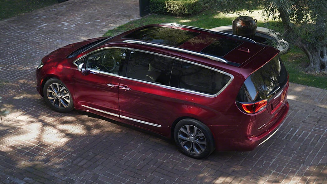 2017 Chrysler Pacifica rear 3/4 in red
