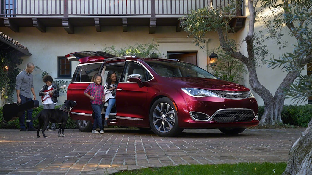 2017 Chrysler Pacifica should be great for families