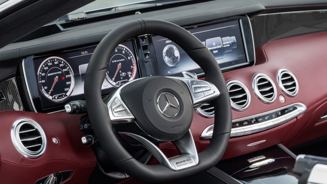 Mercedes-AMG S63 4Matic Cabriolet Edition 130 steering wheel dashboard