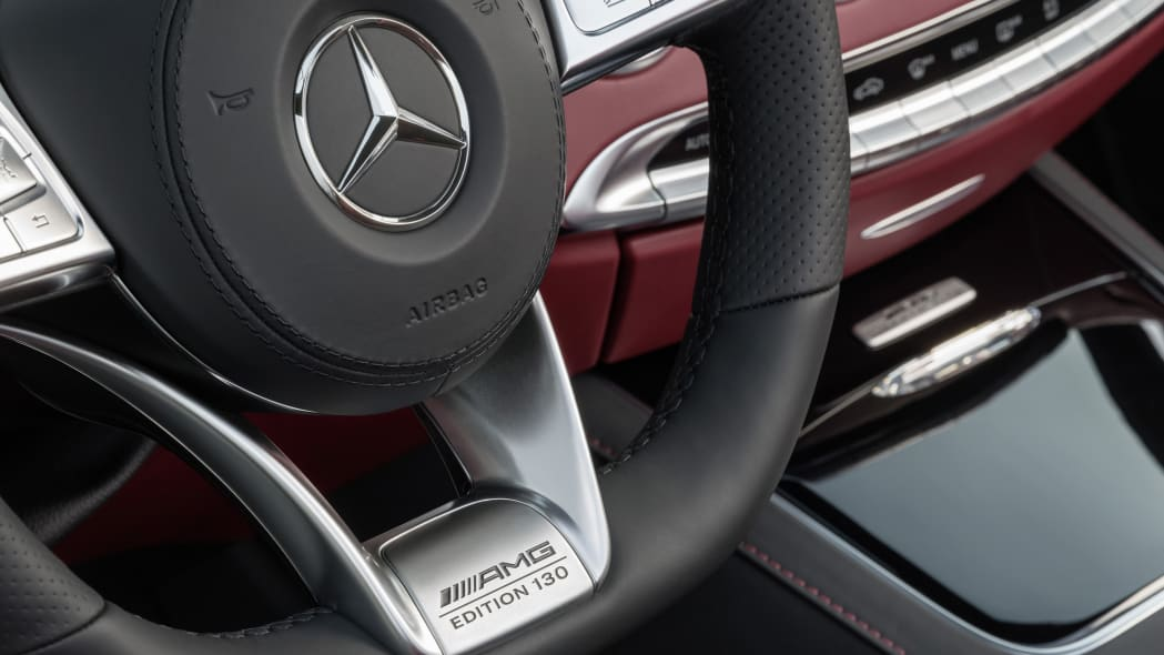 Mercedes-AMG S63 4Matic Cabriolet Edition 130 steering wheel detail