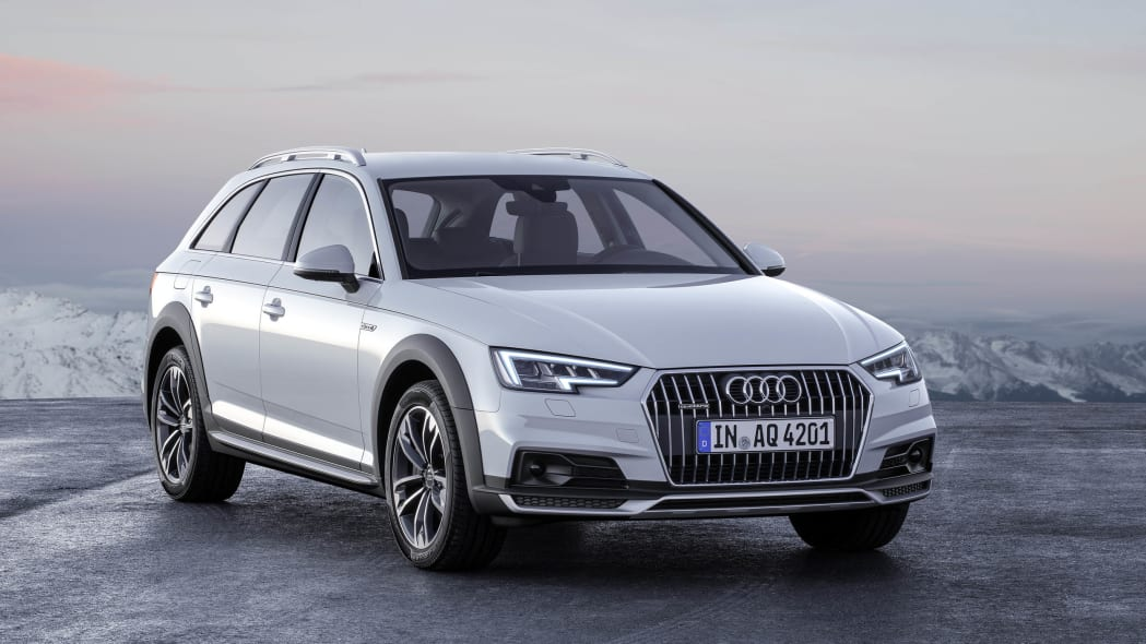 2017 Audi A4 Allroad location front 3/4