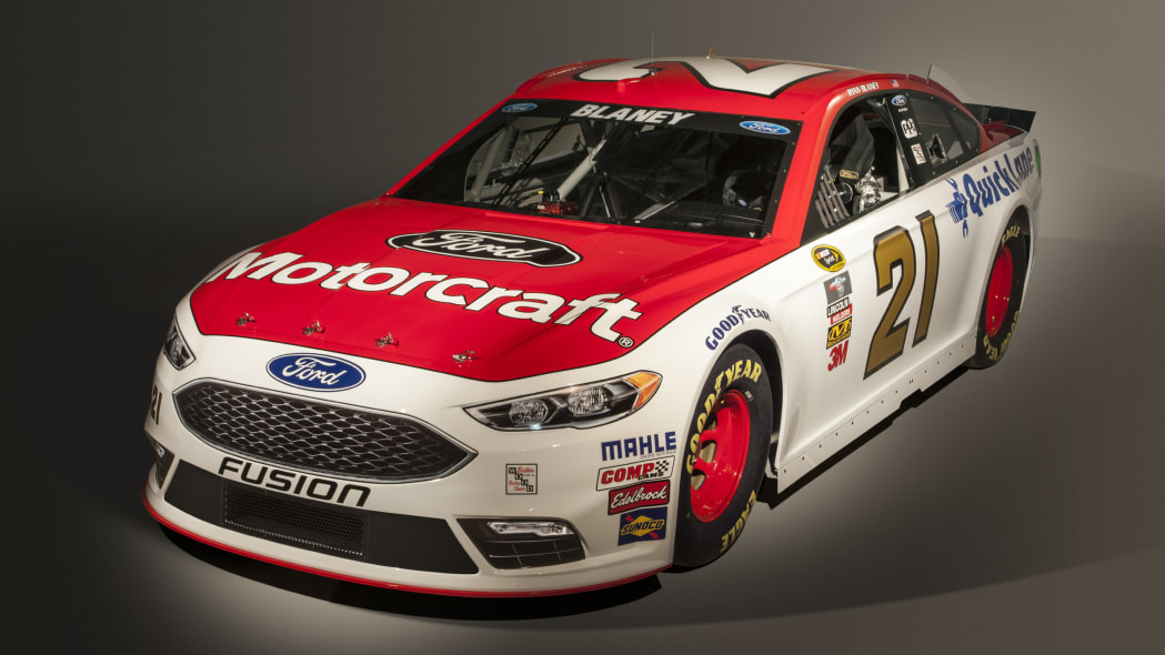 Ford NASCAR Fusion front 3/4