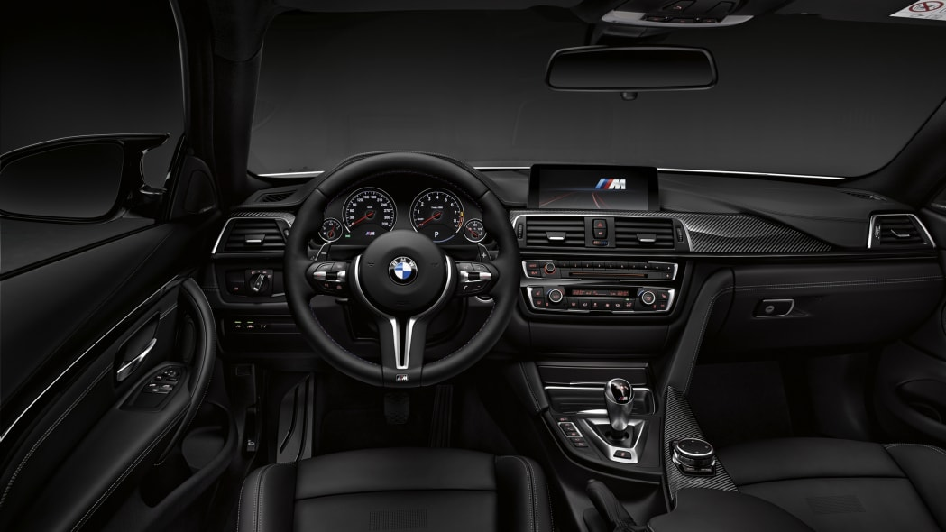 2016 BMW M4 Competition Package interior dashboard