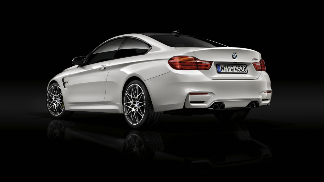 2016 BMW M4 Competition Package rear 3/4