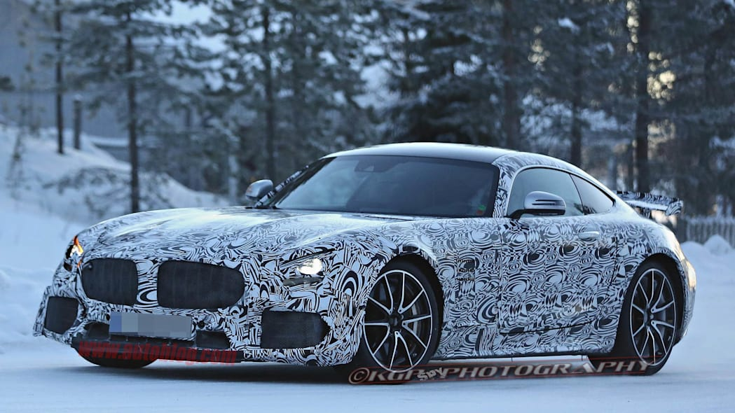 Mercedes-AMG GT R spied front 3/4