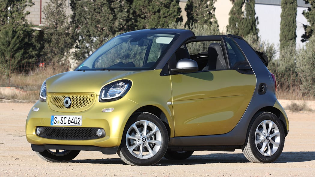 2017 Smart ForTwo Cabriolet front 3/4 view