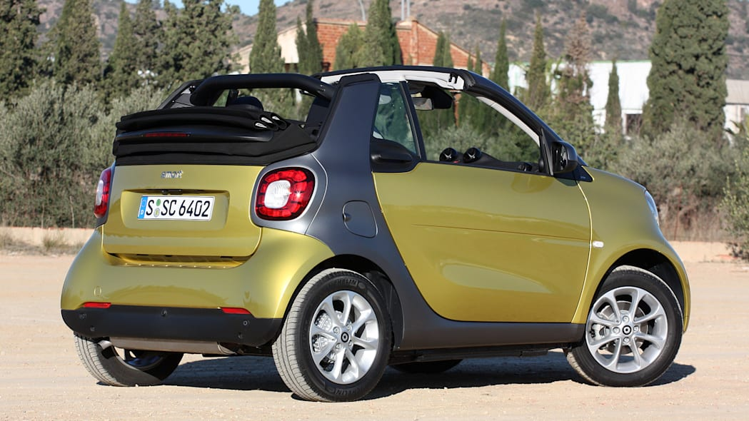 2017 Smart ForTwo Cabriolet rear 3/4 view