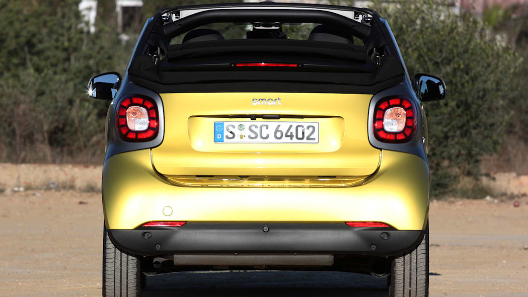 2017 Smart ForTwo Cabriolet rear view