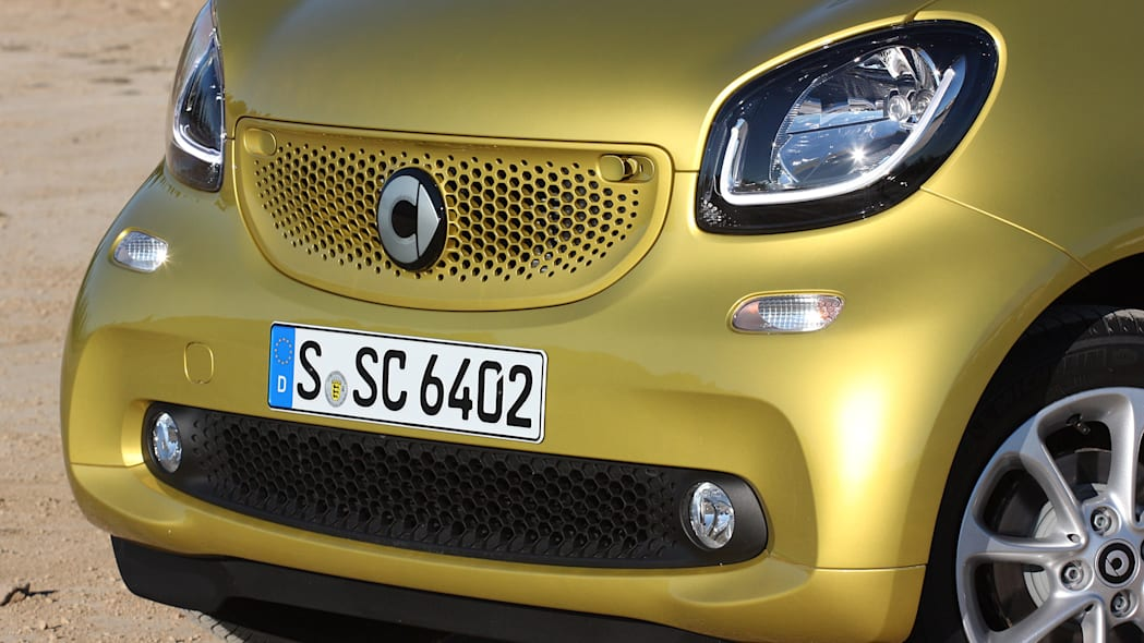 2017 Smart ForTwo Cabriolet front detail