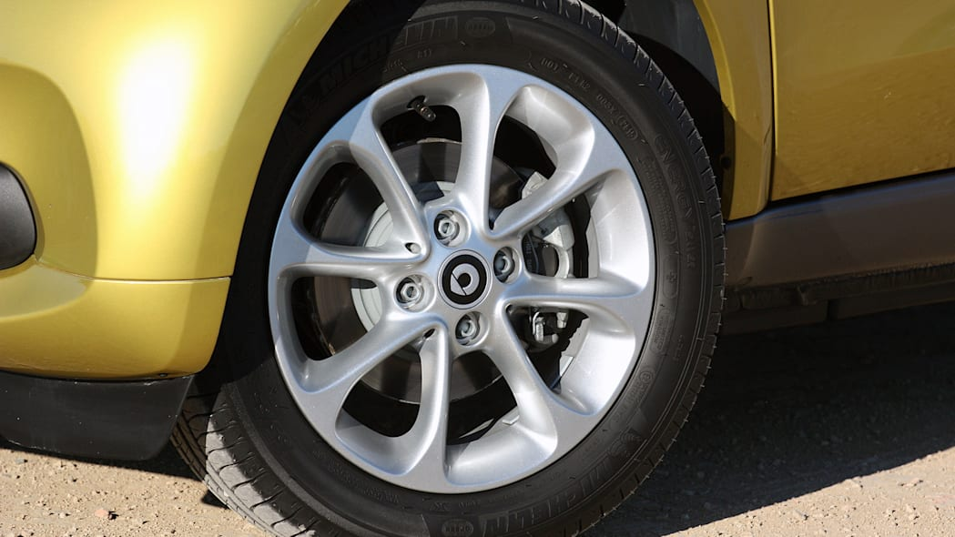 2017 Smart ForTwo Cabriolet wheel