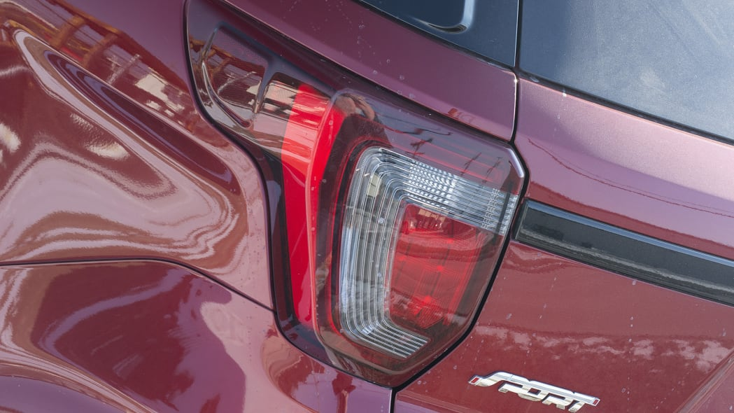 2016 Ford Explorer Sport taillight