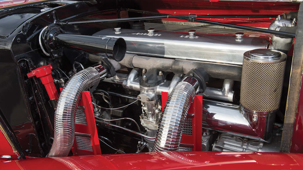 1937 Mercedes-Benz 540K Special Roadster engine detail