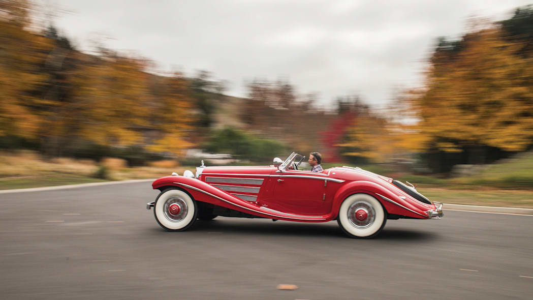 1937 Mercedes-Benz 540K Special Roadster moving profile