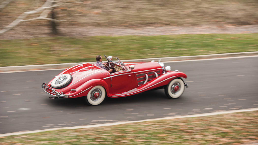 1937 Mercedes-Benz 540K Special Roadster motion
