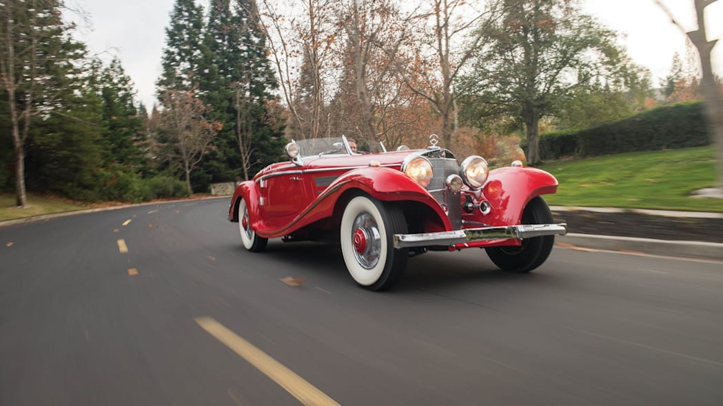 1937 Mercedes-Benz 540K Special Roadster motion front 3/4