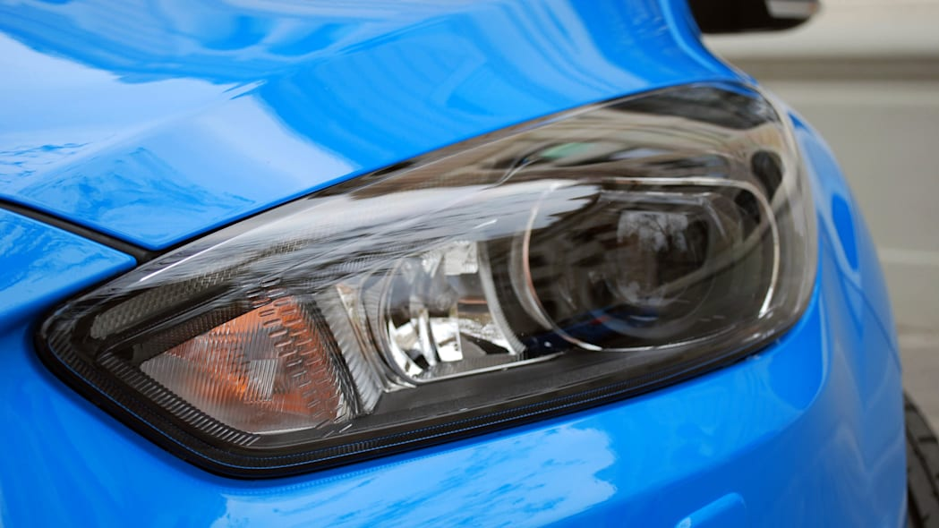2016 Ford Focus RS headlight