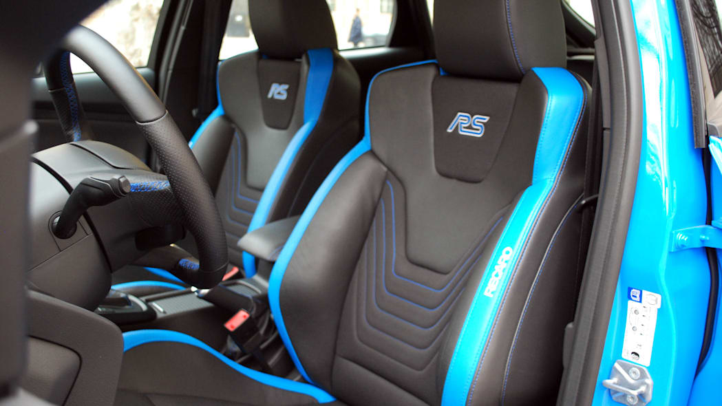 2016 Ford Focus RS front seats