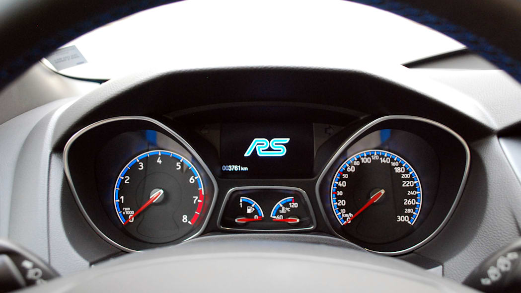2016 Ford Focus RS gauges