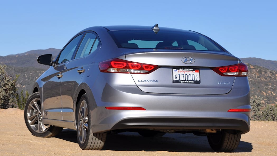 2017 Hyundai Elantra rear 3/4 view