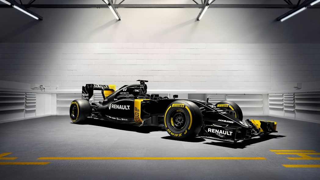 2016 Renault Sport RS16 front 3/4