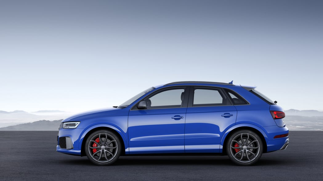 Audi RS Q3 Performance static rear 3/4