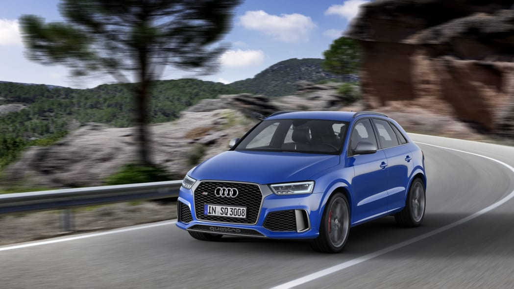 2016 Audi RS Q3 Performance moving