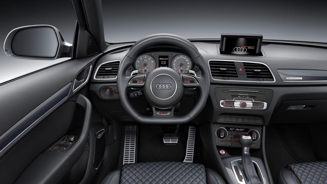 2016 Audi RS Q3 Performance dashboard