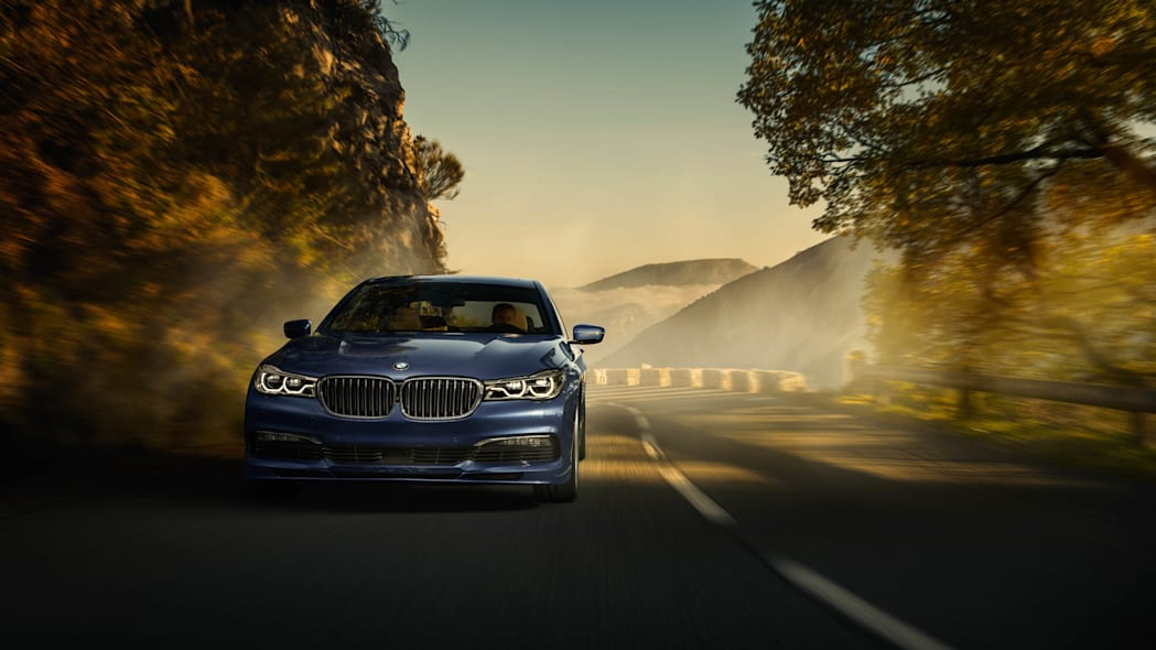 2017 BMW Alpina B7 xDrive front