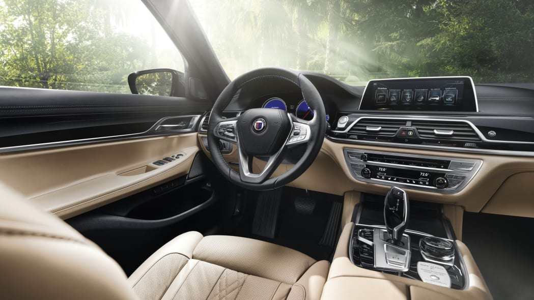 2017 BMW Alpina B7 xDrive interior