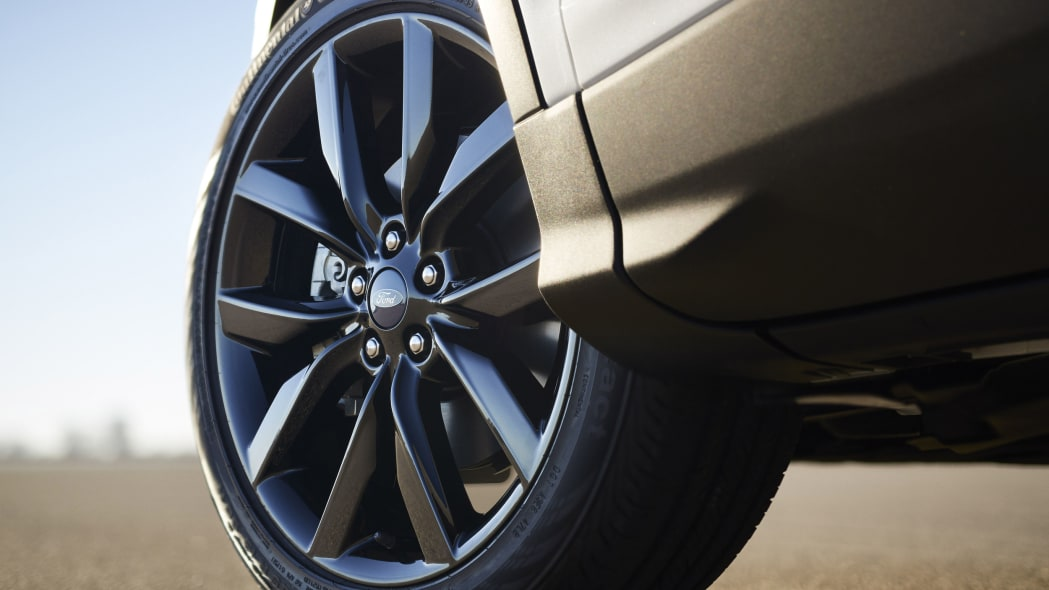 ford escape sport appearance package wheels
