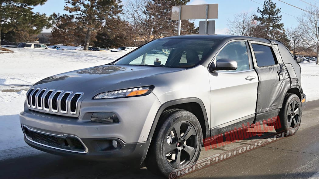 Jeep Cherokee stretched prototype